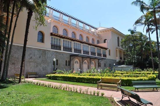 Forum irá promover visita técnica nos patrimônios tombados de Poços: Thermas, Palace Casino (foto) e Palace Hotel