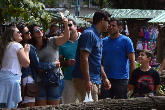 Maioria é de mulheres; pesquisa com visitantes foi feita no mês de agosto