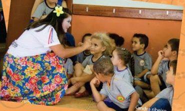 SESC oferece projeto de contação de histórias para escolas municipais