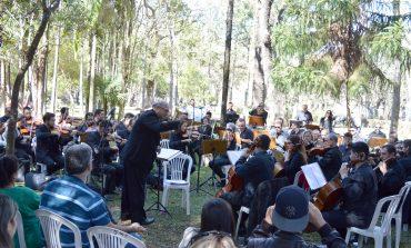 Orquestra Sinfônica apresenta 'Concerto das Rosas' neste domingo