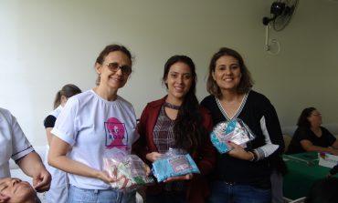 Campanha realizada  arrecadou 165 lenços para pacientes do Unacon