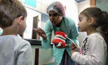 Saúde e Educação intensificam parceria para acompanhamento bucal nas unidades de ensino
