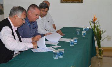 Jardim Botânico e PUC formalizam acordo de cooperação técnica