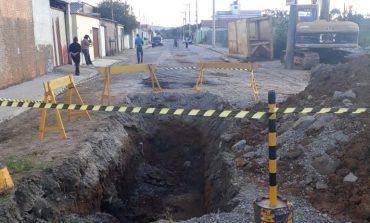 DMAE reinicia obras na Rua Magnésio no Kennedy 2