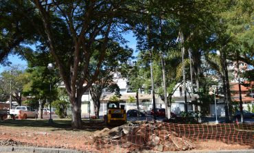 Praça Carmine Acconcia no Jardim dos Estados está sendo revitalizada