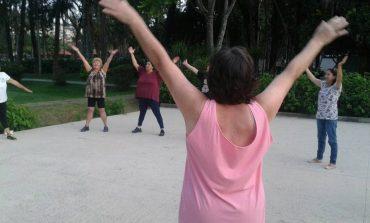 Colônia esportiva de férias promove atividades gratuitas para toda a população