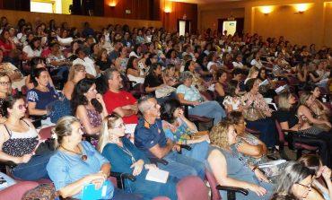Aproximadamente 900 profissionais participam do Seminário de Convivência Ética nas escolas