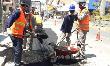 DMAE realiza recomposição asfáltica em vias da cidade