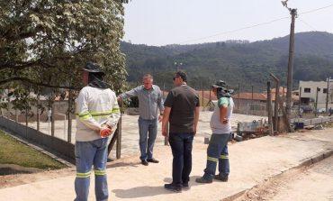 Prefeito confere obras do projeto 'Nosso Bairro está de Volta' no Campos Elísios