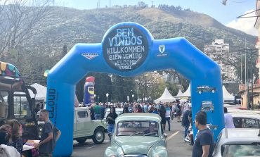 Encontro de DKW Blue Cloud