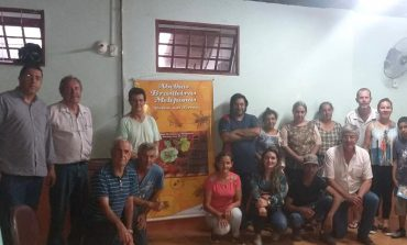 Agricultores familiares de Poços fazem curso sobre apicultura
