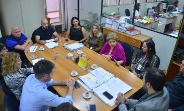 Prefeitura garante distribuição de kits escolares