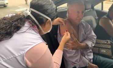 Grande procura zera estoque de doses na segunda semana da campanha contra a Influenza
