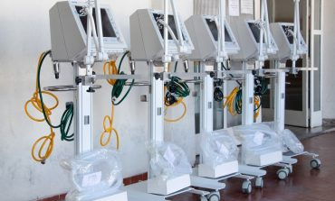 Parceria entre Saúde e Puc Minas possibilita doação de respiradores para Santa Casa
