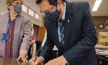 Novo diretor da Autarquia Municipal de Ensino toma posse