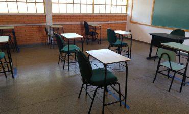 Escolas municipais se prepararam para o retorno das aulas no sistema híbrido
