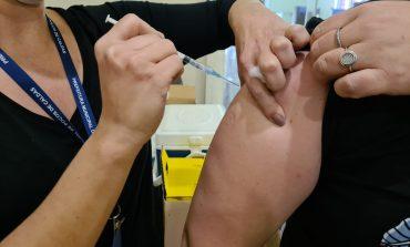 COVID-19 I Vacinação dos adolescentes de 12 a 17 anos com comorbidade ou deficiência permanente continua nesta segunda (27)