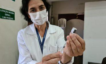 3ª Dose | Vacinação dos idosos a partir de 70 anos e profissionais de saúde a partir de 18 anos continua amanhã