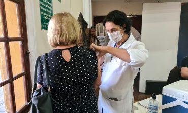 3ª Dose | Vacinação dos idosos a partir de 60 anos e profissionais de saúde a partir de 18 anos segue amanhã