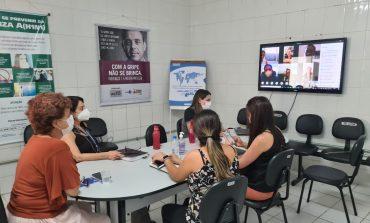 Profissionais de enfermagem participam de  roda de conversa sobre momento pós COVID-19